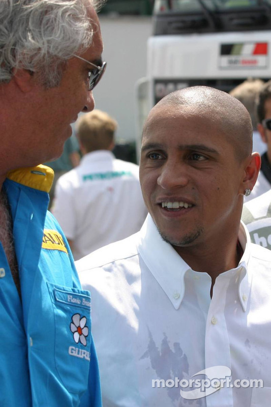 Football player Roberto Carlos
