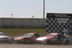 #13 Unitech Racing Nissan 350Z: David Murry, Blake Rosser; #40 Team Sahlen Porsche 996: Joe Nonnamak