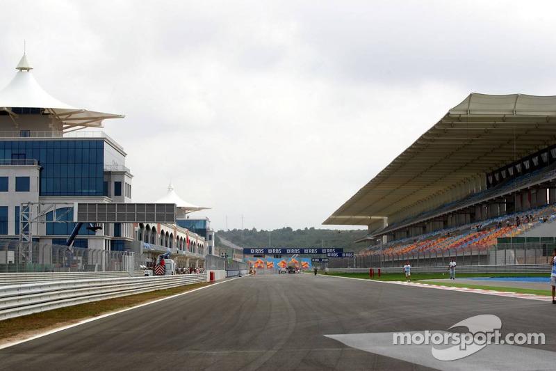 Start/finish straight at Istanbul Otodrom