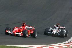 Michael Schumacher ve Jenson Button
