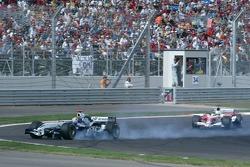 Défaillance pneumatique pour Mark Webber