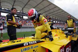Jason Tahinicioglu'nun Jordan ile gösteri sürüşü