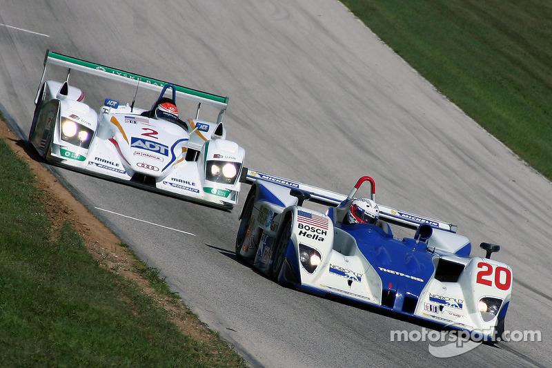 Dyson Racing Team Lola EX257 AER : Chris Dyson, Andy Wallace; Champion Racing Audi R8 : Frank Biela, Emanuele Pirro