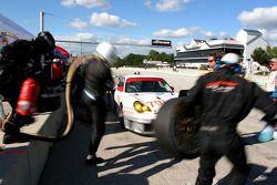 Pitstop for #79 J3 Racing Porsche 911 GT3 RSR: Justin Jackson, Nic Jonsson