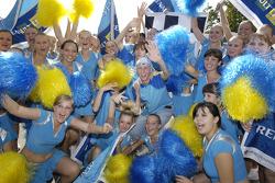 Charming Renault cheerleaders