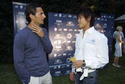 Hiro Yoshimoto talks to Pedro de la Rosa