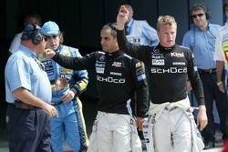 Kimi Raikkonen celebra su vuelta más rápida con Ganador de la pole position Juan Pablo Montoya y Fer