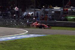 Ernesto Viso crashes