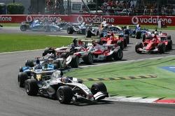 Start: Juan Pablo Montoya leads Fernando Alonso