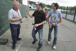 Scott Speed and Can Artam with team boss Paul Jackson