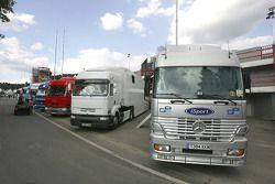 GP2 teams transporters