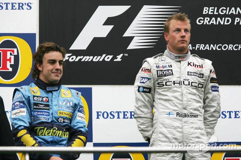 Podio: ganador de la carrera Kimi Raikkonen con Fernando Alonso segundo lugar