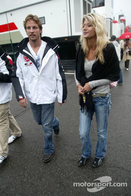 Jenson Button con su nueva novia