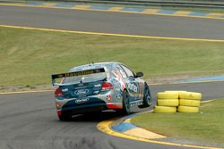Russell Ingall using the ripple strip