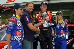 Garth Tander receiving the trophy for pole position