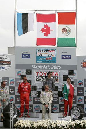Podium: 2005 Atlantic Series champion Charles Zwolsman, race winner Antoine Bessette, Tonis Kasemets, David Martinez and C2 class winner Daryl Leiski
