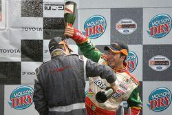 Podium: champagne for Antoine Bessette and David Martinez