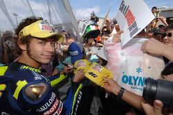 Valentino Rossi with Japanese fans