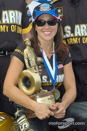 Angelle Sampey won her first race at Maple Grove 9 years ago