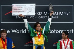 Podium: racewinnaar Nelson A. Piquet met Will Power en Salvador Duran