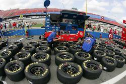 GP Brawny Dodge crew members prepare wheels