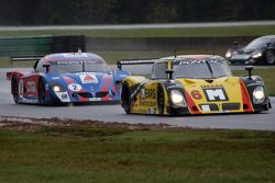 #6 Michael Shank Racing Pontiac Riley: Mike Borkowski, Paul Mears Jr., #4 Howard - Boss Motorsports