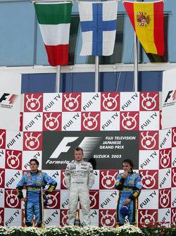 Podio: ganador de la carrera Kimi Raikkonen con segundo lugar Giancarlo Fisichella y tercer lugar Fe
