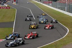 Arrancada: Mark Webber líder