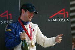 Podium: race winner Nicolas Lapierre