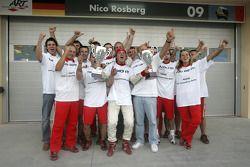 GP2 Series campeón 2005 Nico Rosberg celebra