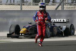 Heikki Kovalainen abandonne au premier tour