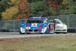 La CITGO - Howard - Boss Motorsports Pontiac Crawford N°2 (Andy Wallace, Milka Duno) et la Porsche G