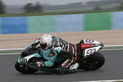 99-S.Martin-Petronas FP1-Foggy Petronas Racing