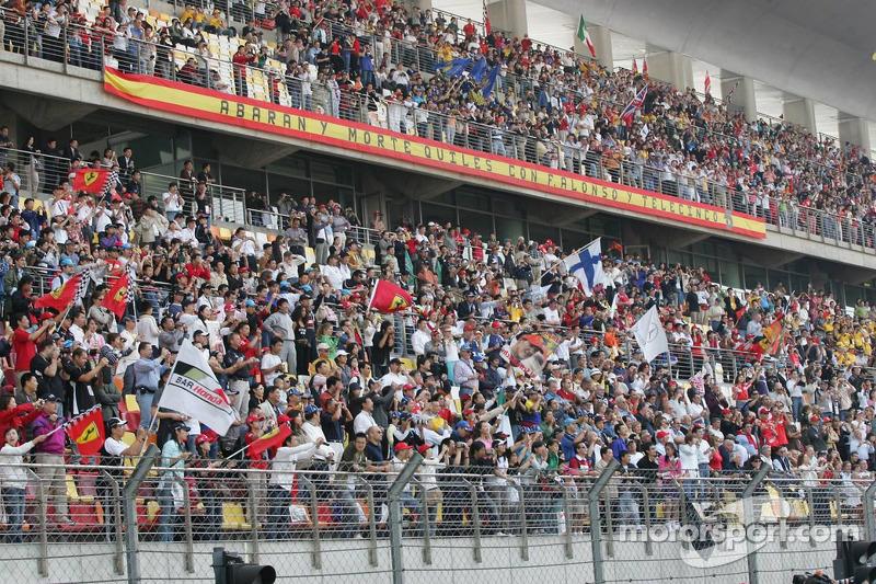 Fans de Shanghai listo para la carrera