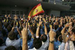 L'écurie Renault F1 fête le titre mondial pendant le podium