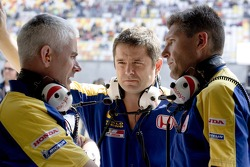 Geoff Willis, Gil de Ferran y Nick Fry