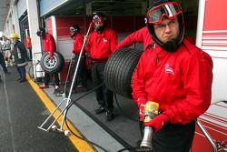 Pitstop practice for A1 Team Austria
