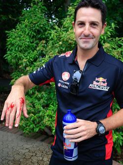 Джеймі Уінкап, Red Bull Holden з a snake bite