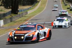 #9 Audi R8 LMS ultra: Marc Cini, Mark Eddy, Christopher Mies