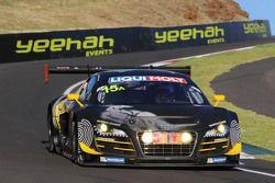 #15 Phoenix Racing Audi R8 LMS ultra: Marco Mapelli, Laurens Vanthoor, Markus Winkelhock
