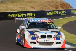 #42 BMW E46 M3 GTR: Anthony Gilbertson, Jason Clements, Karl Begg