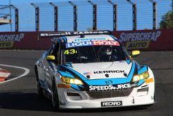 #43 Mazda RX8 GT: Michael Robinson, Phil Crompton, Shane Woodman, Shane Bradford