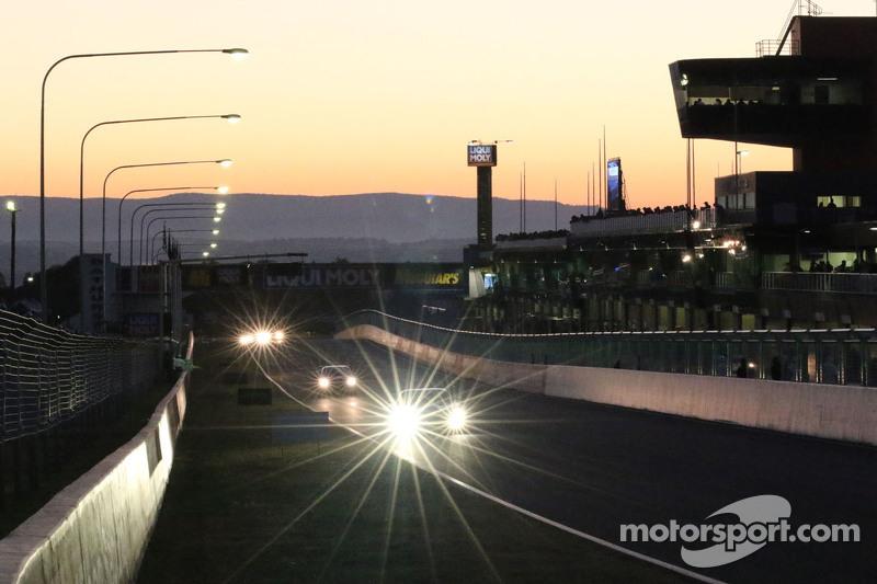 Acción de la carrera al amanecer