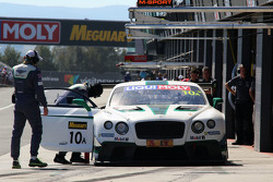 #10 宾利车队M-Sport 宾利大陆GT3: Guy Smith, Steven Kane, Matt Bell