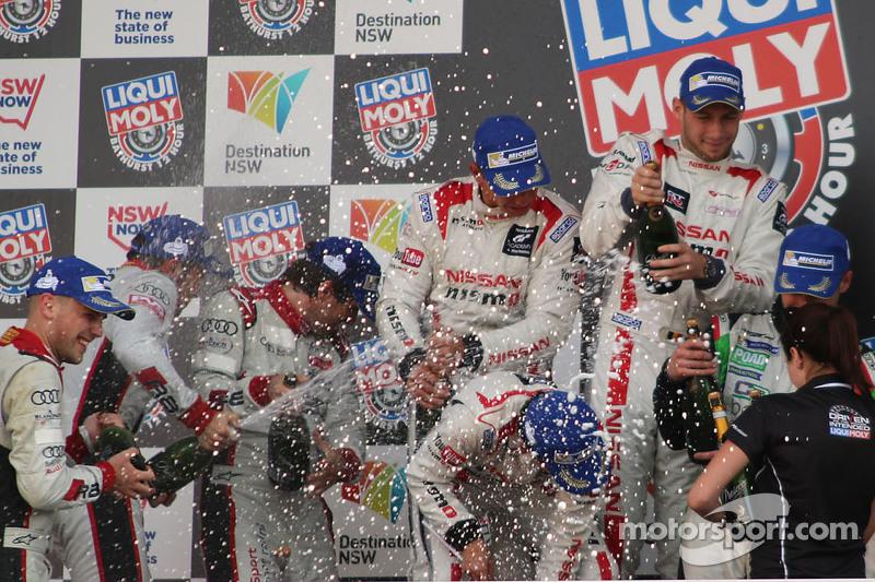 Podium: race winners Florian Strauss, Katsumasa Chiyo, Wolfgang Reip, second place Marco Mapelli, La