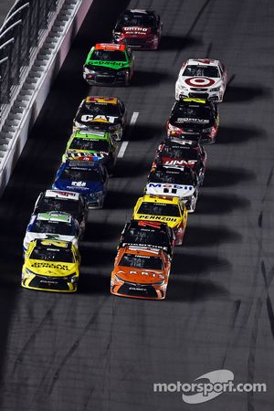 Matt Kenseth, Joe Gibbs Racing Toyota and Carl Edwards, Joe Gibbs Racing Toyota lead a restart