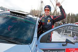Second place Thierry Neuville, Hyundai Motorsport
