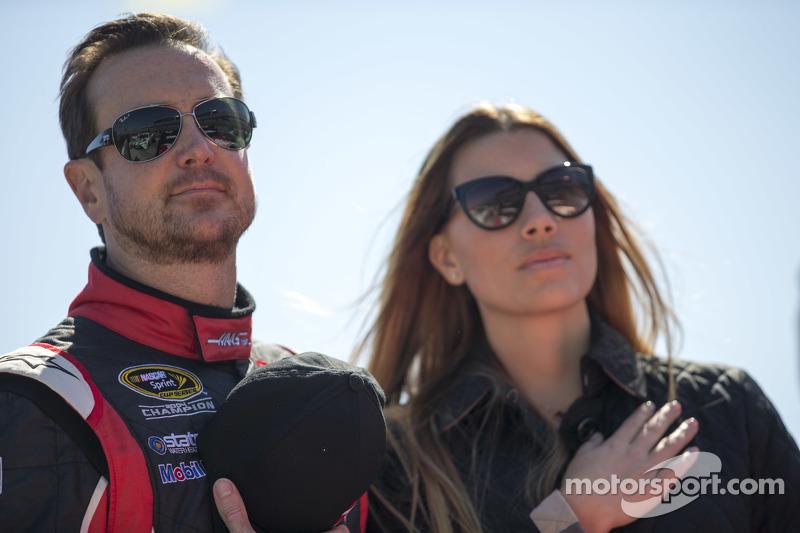 Kurt Busch, Stewart-Haas Racing Chevrolet et sa compagne