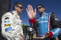 Carl Edwards, Joe Gibbs Racing, Toyota, Aric Almirola, Richard Petty Motorsports, Ford