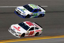 Josh Wise, Phil Parsons Racing Ford, Casey Mears, Germain Racing Chevrolet